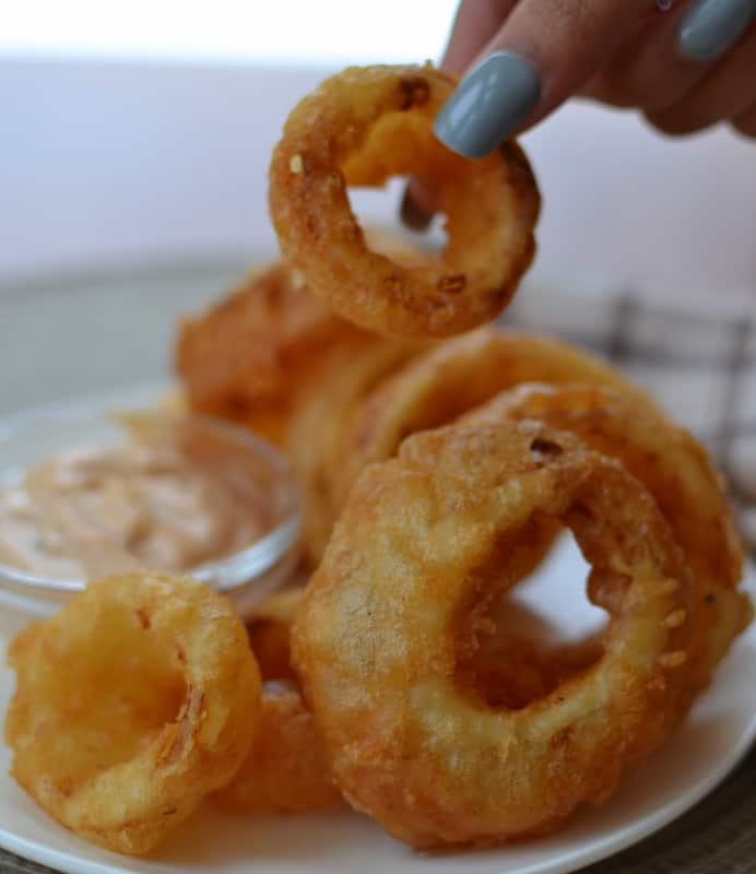 How to Make Beer Battered Onion Rings