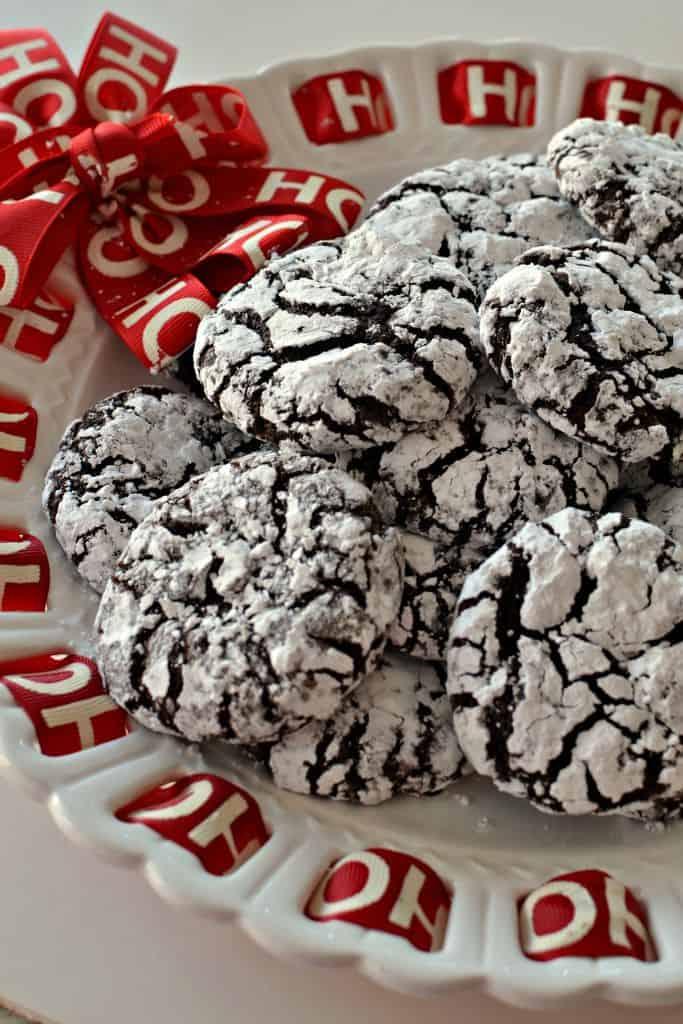 Best Chocolate Crinkle Cookies