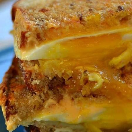 How to Make Egg Sandwich
