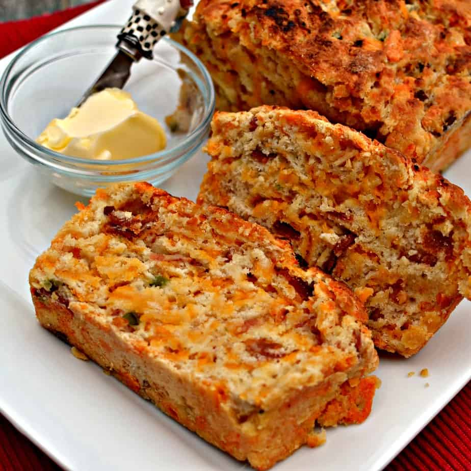 Bacon Jalapeno Cheddar beer bread is a flavor packed loaf that is perfect for chili, sandwiches, soup or just by itself.