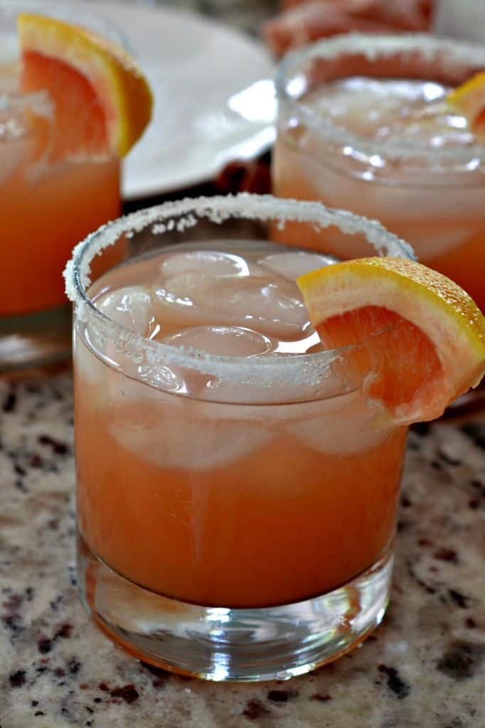 This Salty Dog Cocktail recipe is easy and refreshing, perfect for the summer.