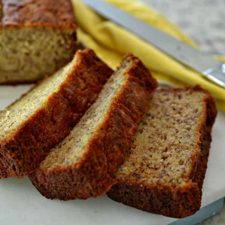 Easy Banana Bread Recipe with Oil