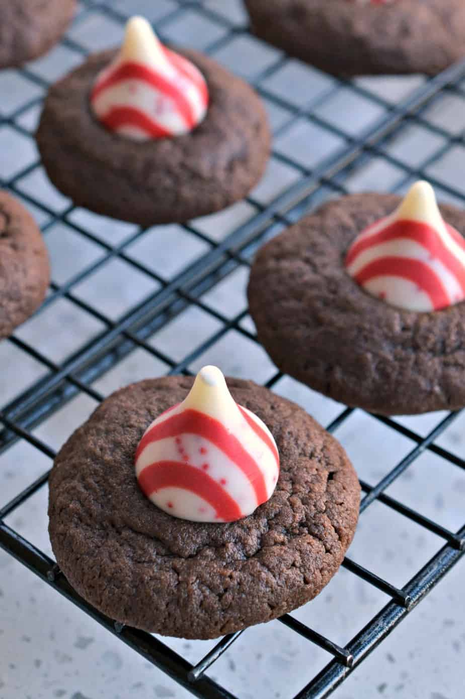 These Christmas Peppermint Chocolate Thumbprint Cookies are family friendly, easy to make and so delectable.