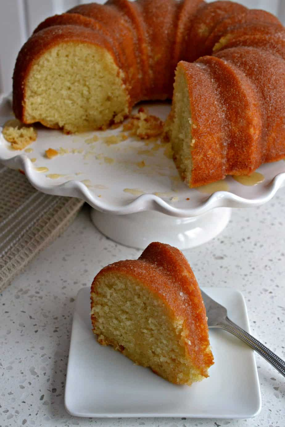 A moist and easy butter vanilla bundt cake