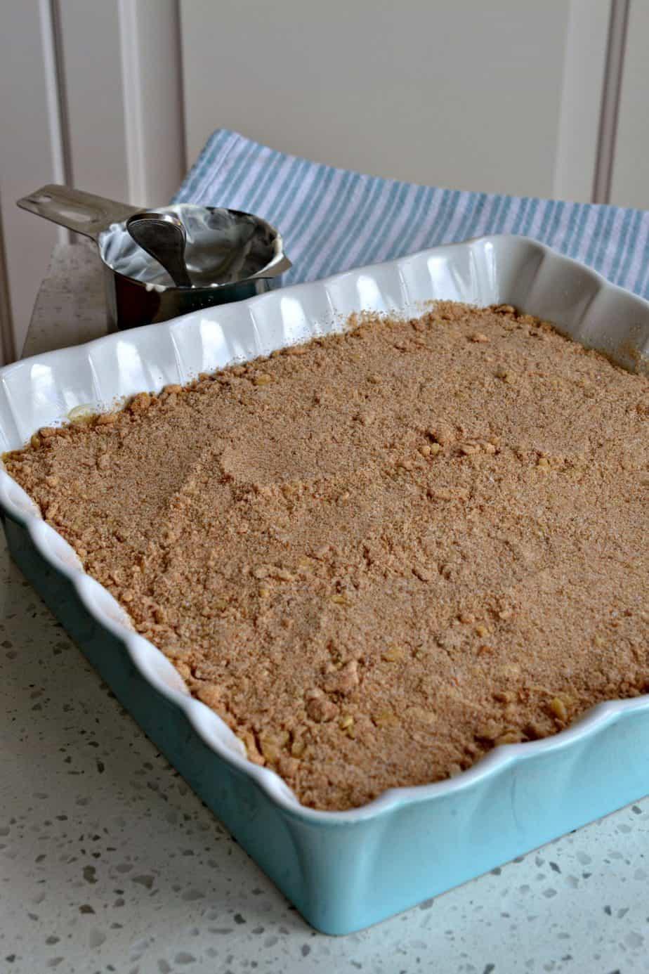 How do you make Sour Cream Coffee Cake