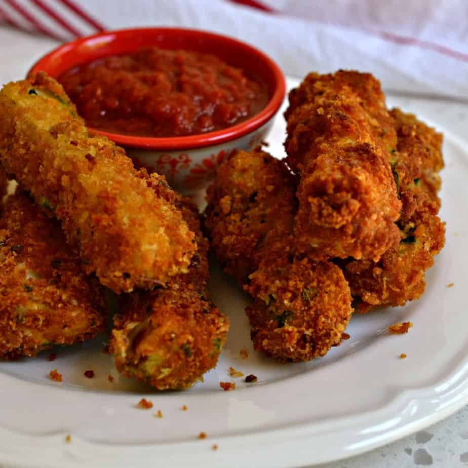 Your family and friends will love this fun and easy breaded fried zucchini recipe