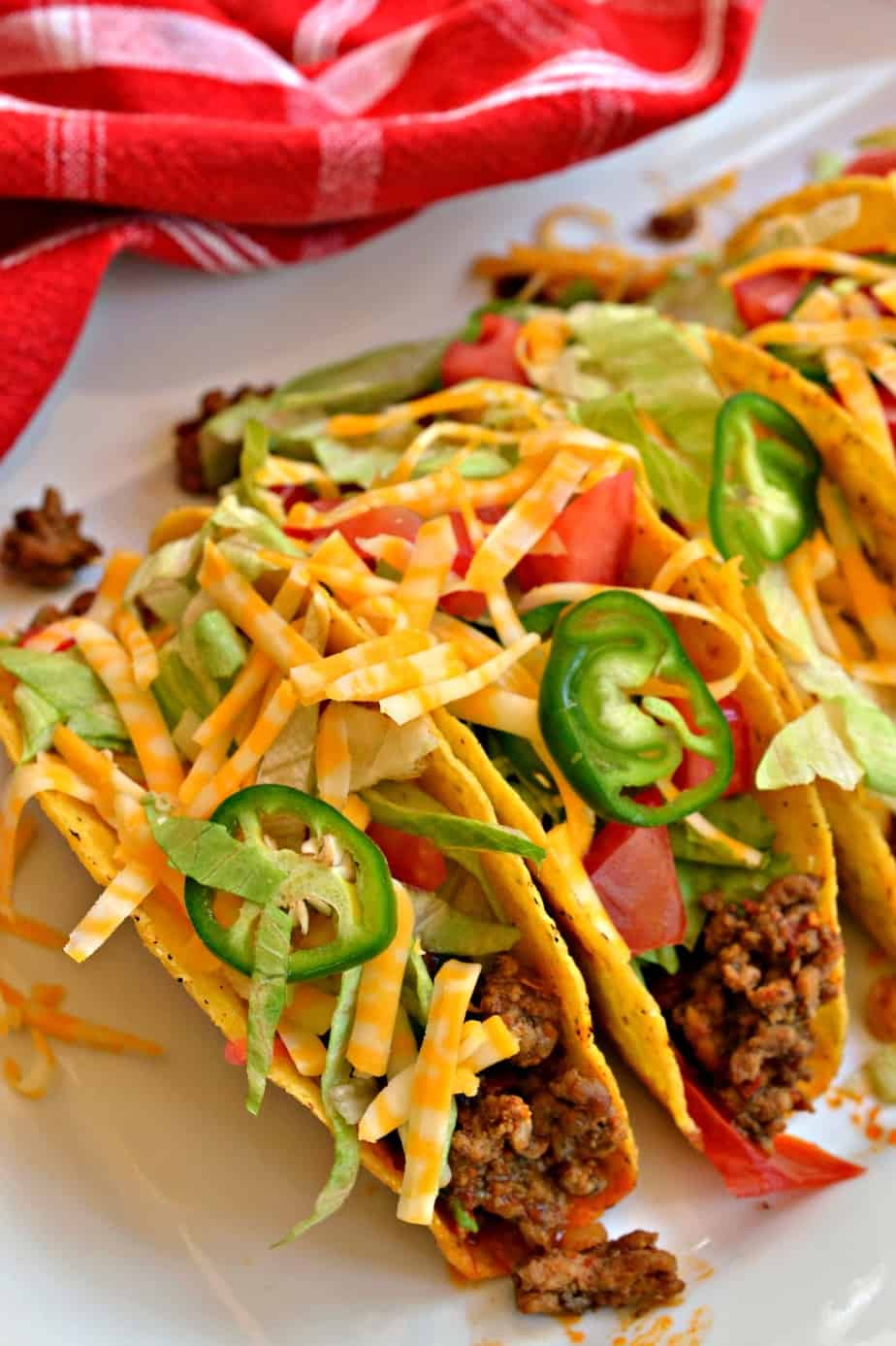 These ground beef tacos are delicious, easy and quick.