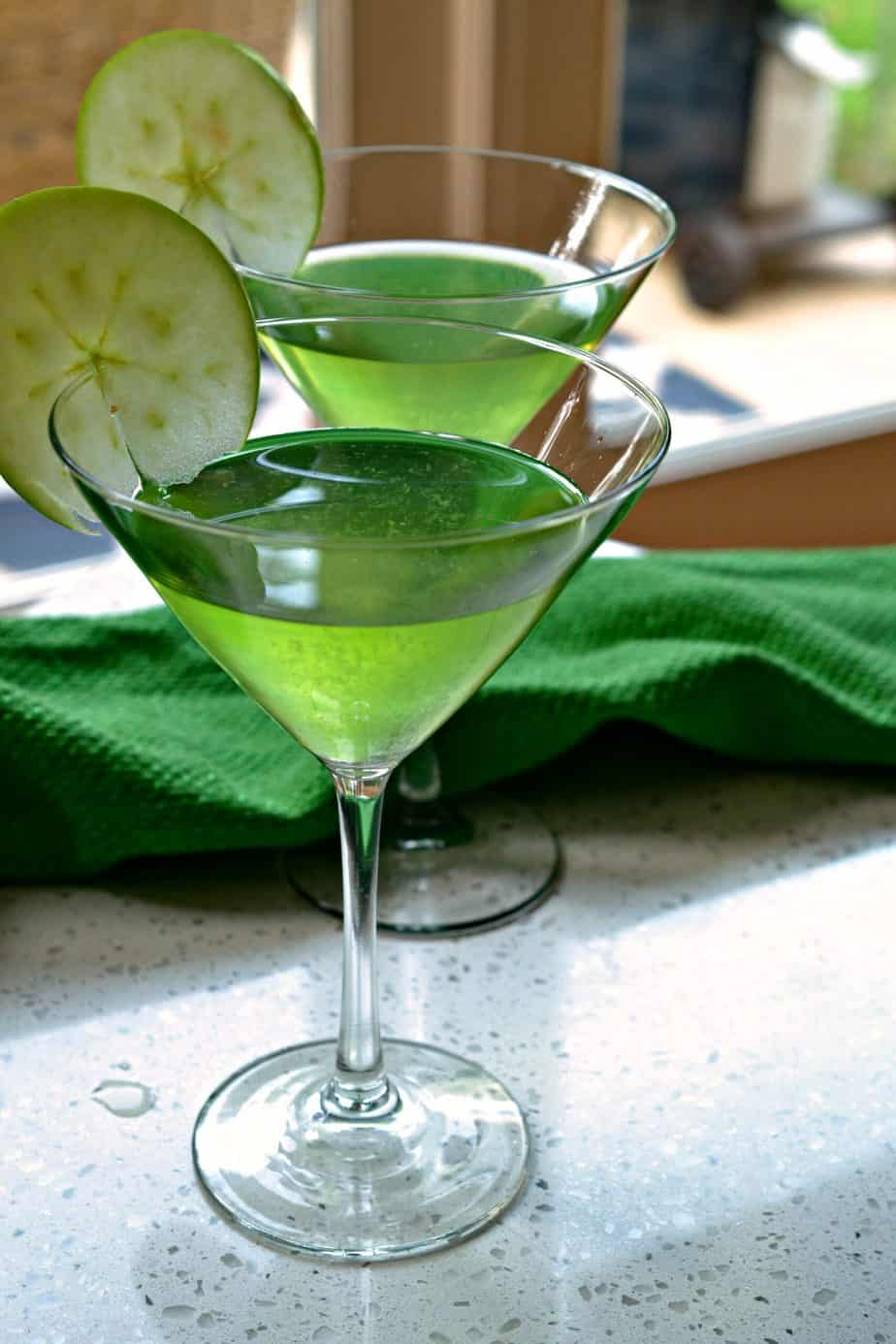 This four ingredient Appletini (Apple Martini) is one of our favorite party cocktails with its superb sour apple flavor.