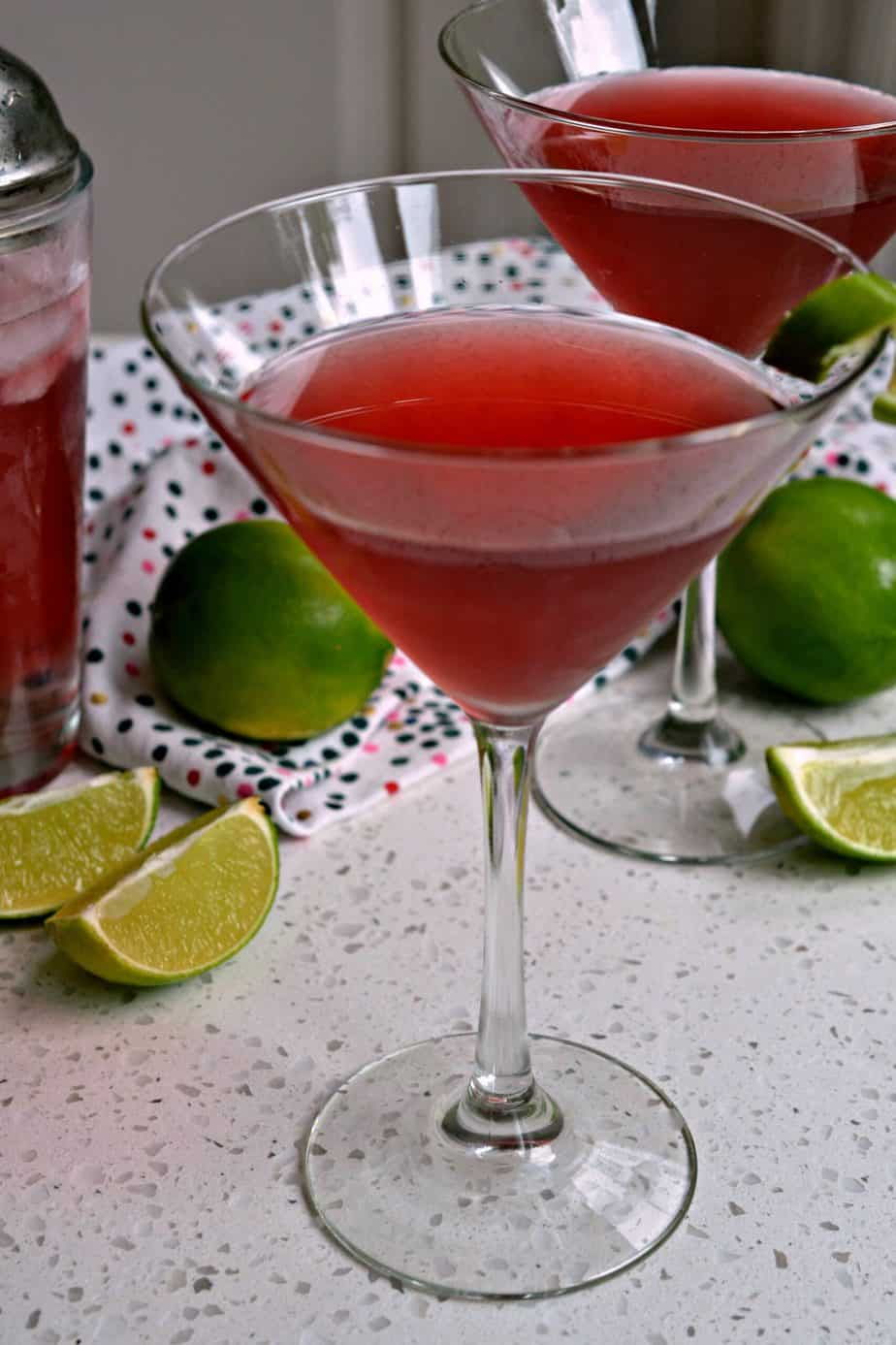 An easy and delicious Cosmopolitan cocktail is refreshing, sweet, and the perfect party drink.