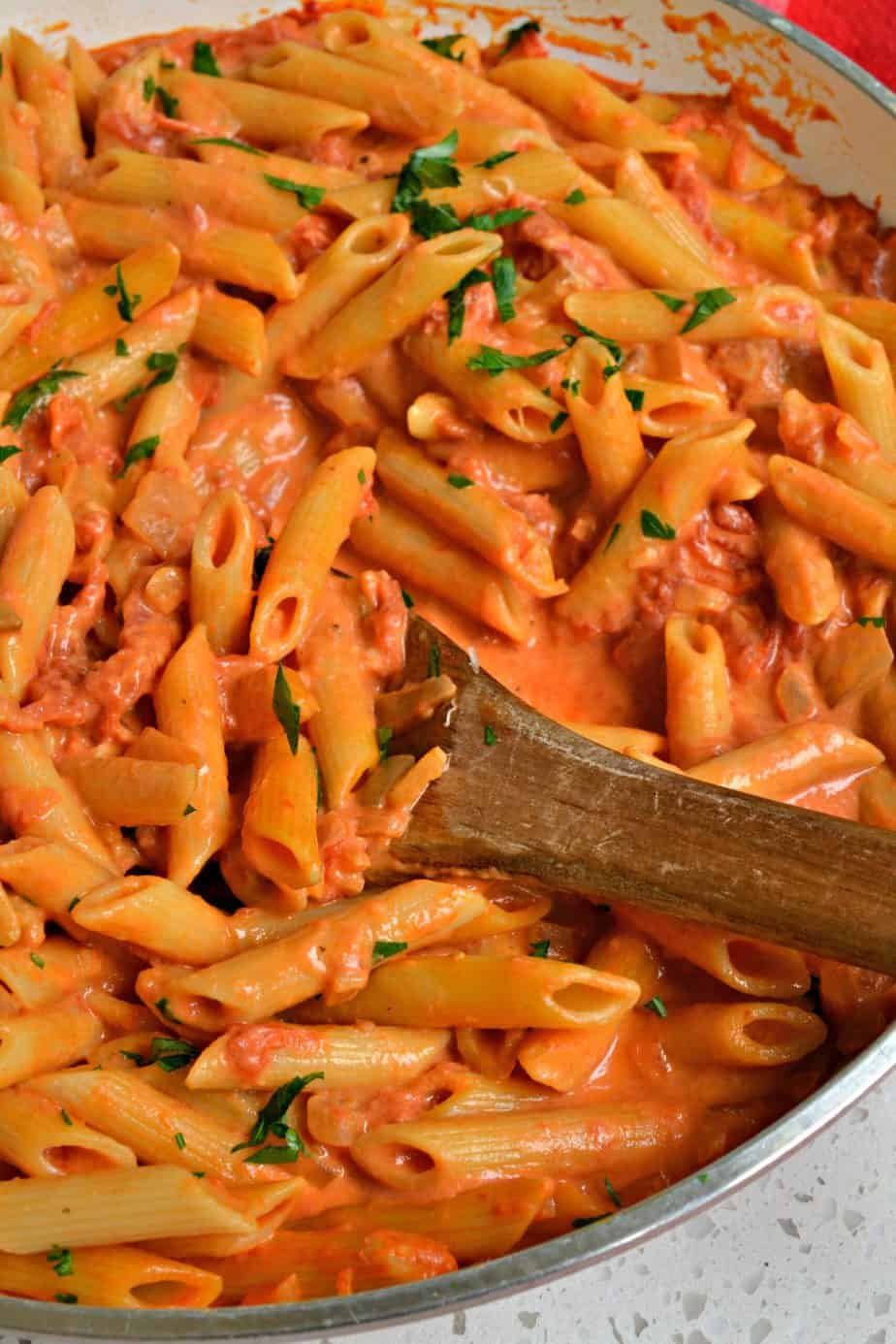 With easy and delectable recipes like this Penne alla Vodka you too can make restaurant quality pasta at home.