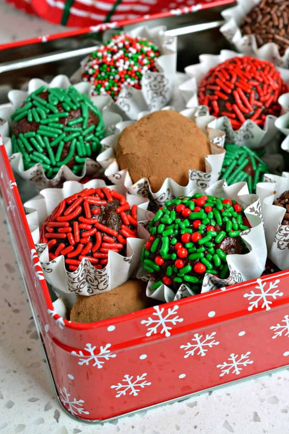 Thesse Chocolate Rum Balls Can be decorated to suit any occasion.