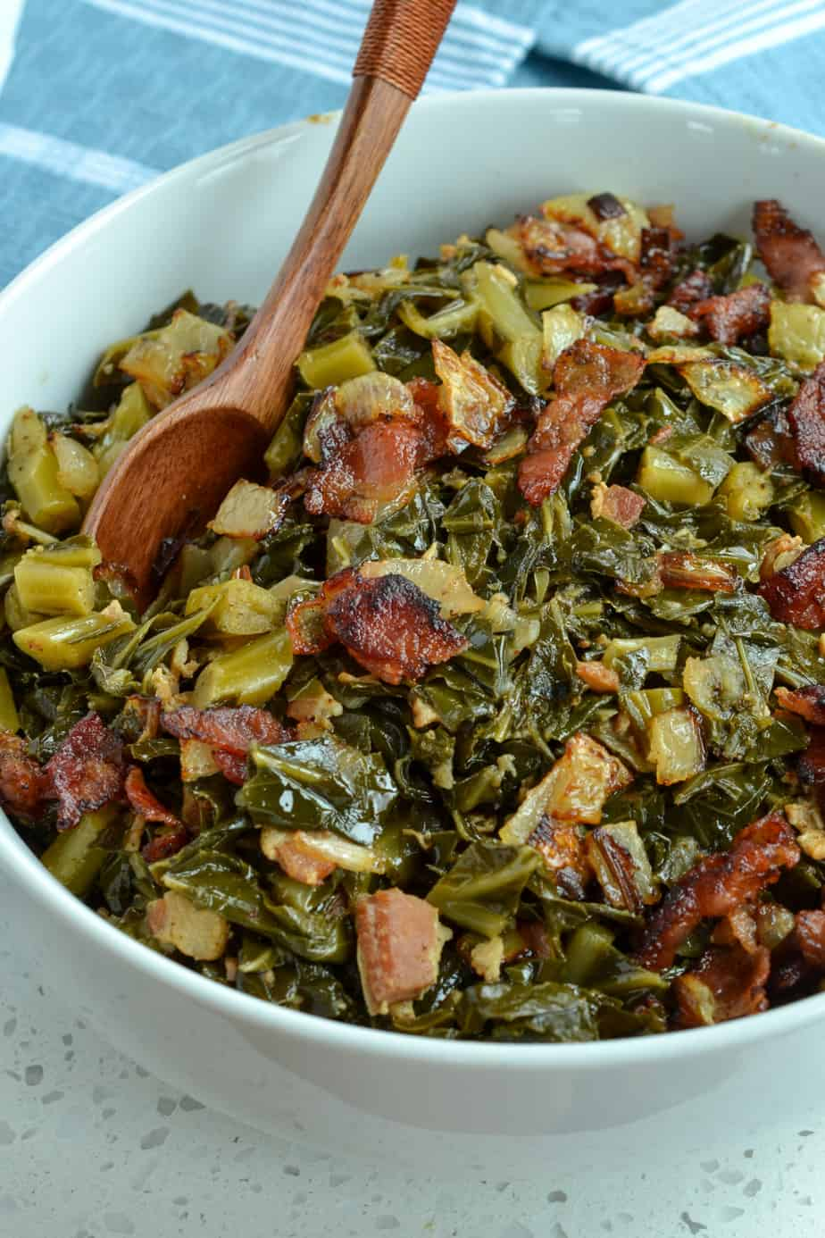 Easy Southern Collard Greens with bacon, onion and garlic.