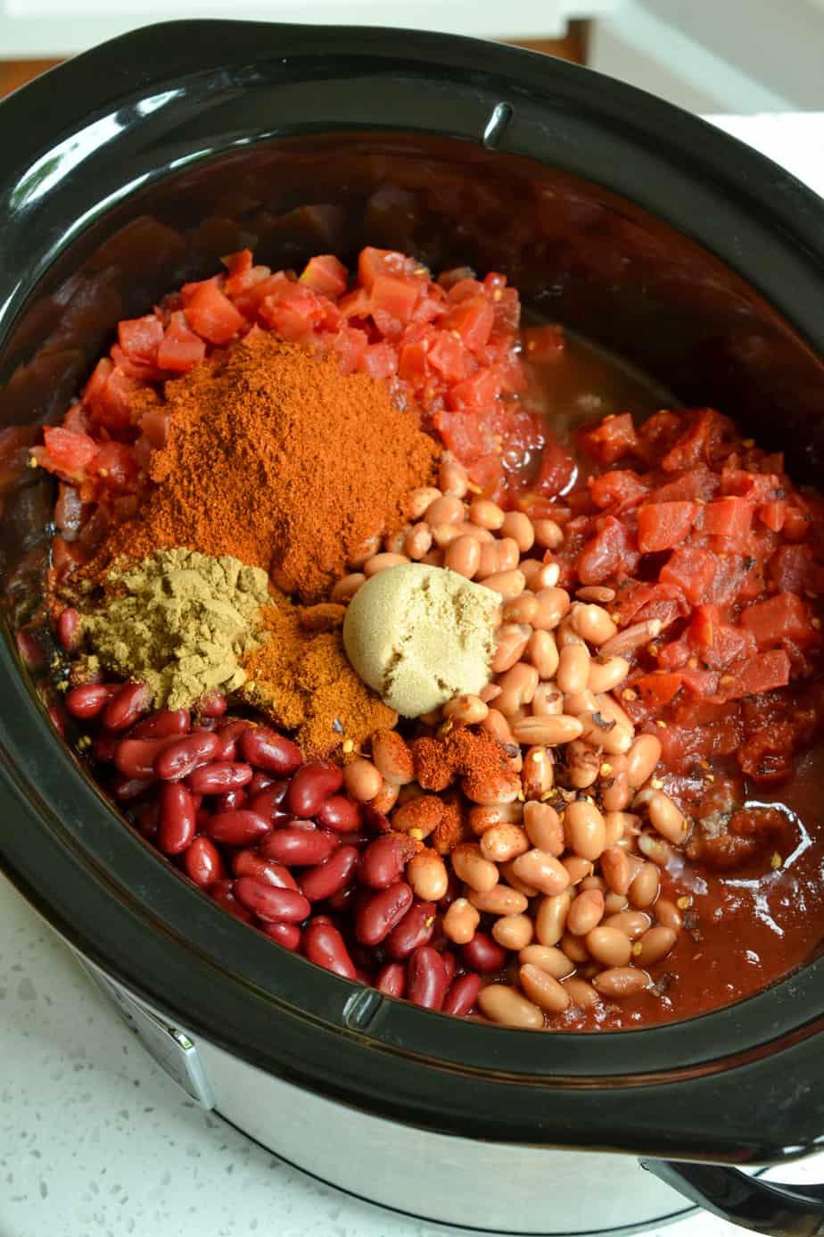 The ingredients to make Crock Pot Chili