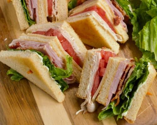 Classic Quartered Club Sandwich