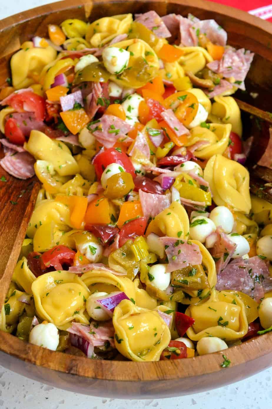 Tortellini Pasta Salad with Italian Dressing